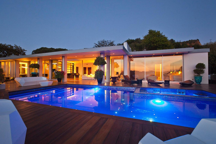 A Dream House in Beverly Hills by Jendretzki LLC