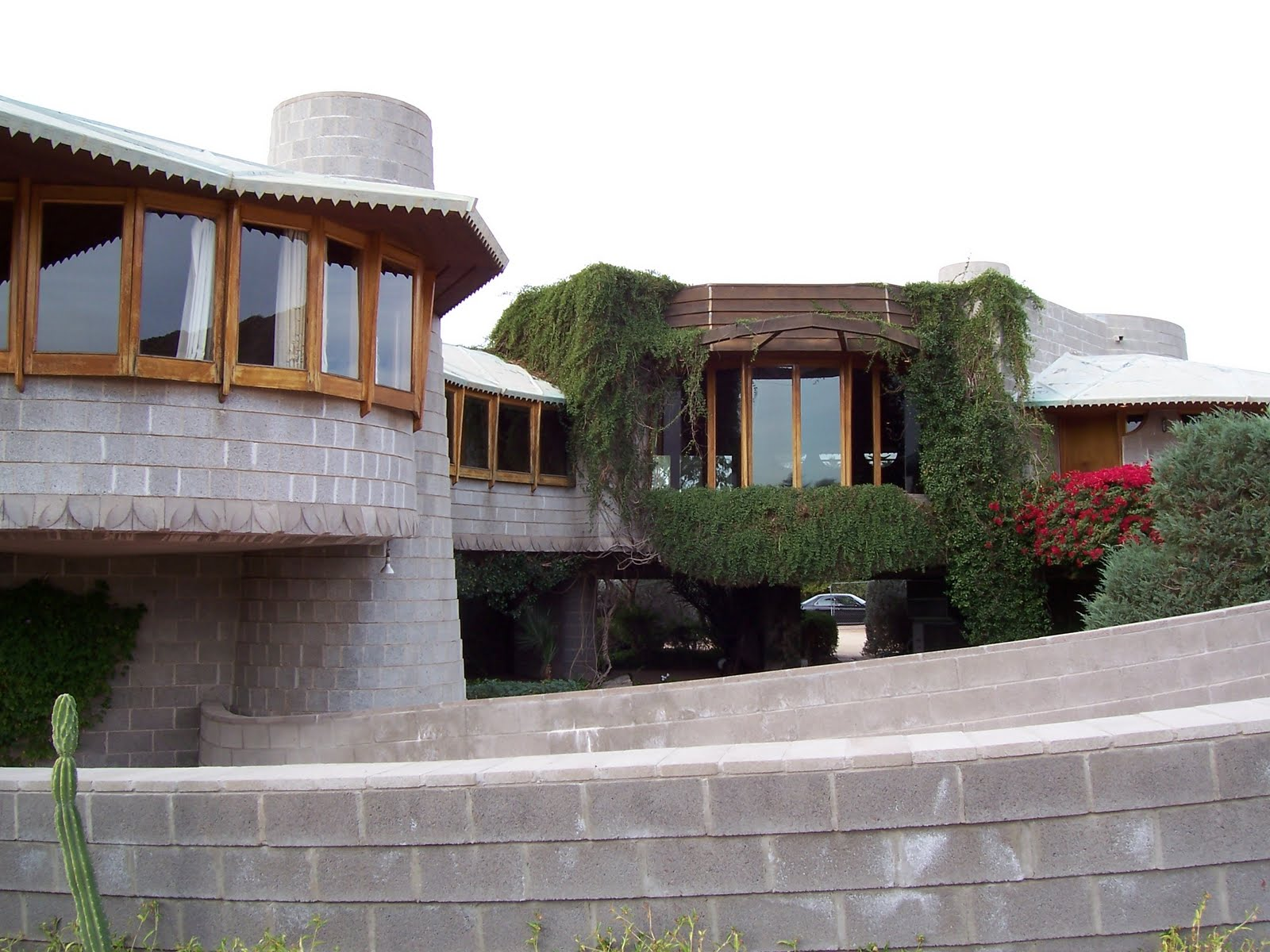Frank-Lloyd-Wright-House-Phoenix-Arizona  Frank Llyod Wright House Preservation is Assured David Wright House 003