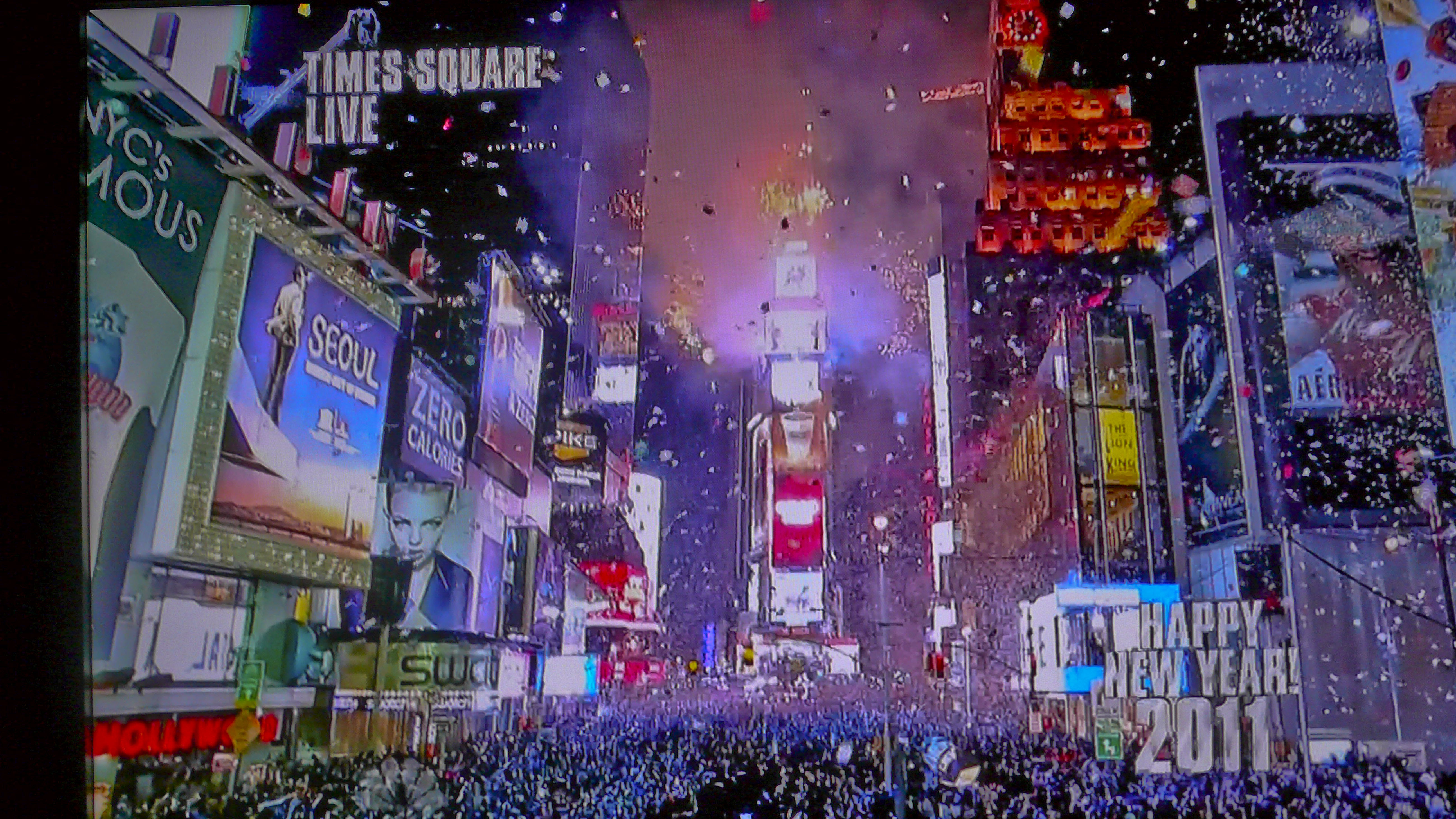 Top 10 New Year's Eve Parties in New York times square 2011 p1090149