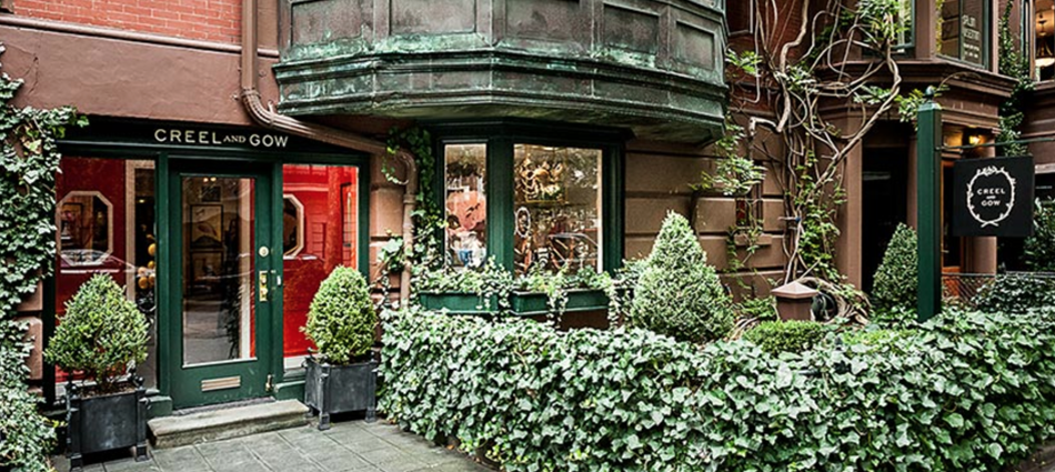 """Creel and Gow is an incredible store, created by Paris based Jamie Creel and former Sotheby's expert Christopher Gow, on the North West corner of Lexington Avenue and East 70th Street in Manhattan's upper east side in New York.""  Creel and Gow, An Exotic and Unique Store in New York Captura de ecr   2013 03 9   s 00"