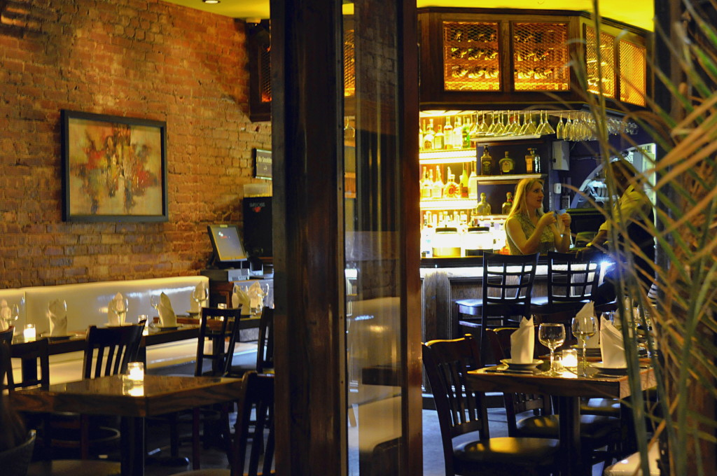 25 NEW YORK RESTAURANTS AND BARS WITH GOOD FOOD FOR LESS – PART II Ricardo Ocean Grill NYC51c336315b38f 1024x680