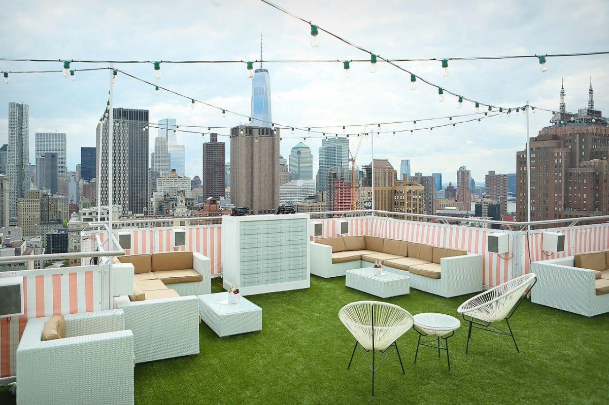 5 Rooftops to Watch Macy's Fourth of July Fireworks in New York fourth of july fireworks 5 Rooftops to Watch Macy's Fourth of July Fireworks in New York Sonnys Soda Shoppe1