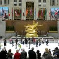 5 places you must visit in New York this Christmas_The rink at Rockefeller Center0