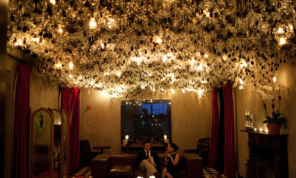 Top 5 design hotels in NYC that will blow your mind_GRAMERCY PARK HOTEL0  Top 5 design hotels in NYC that will blow your mind Top 5 design hotels in NYC that will blow your mind GRAMERCY PARK HOTEL0