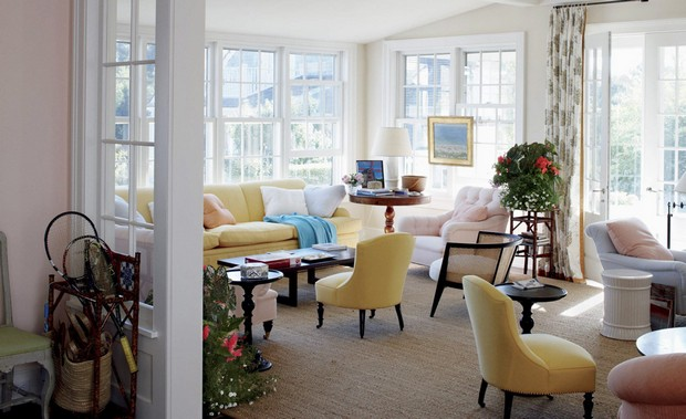 Top Interior Designer NY: Bilhuber Associates bilhuber associates Top Interior Designer NY: Bilhuber Associates 02 On the romantic island of Nantucket a family house is a testimonial to carefree summers and effortless vacations
