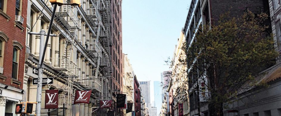 NYDA: A New York Travel Guide