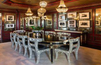 tommy hilfiger's plaza Tommy Hilfiger's Plaza Penthouse hilfiger big eloise room pic 324x208