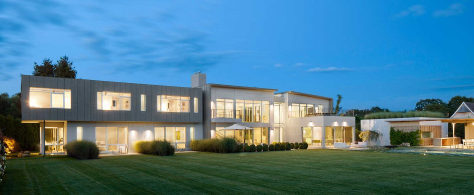 Hamptons Modern House Designed by Workshop/APD