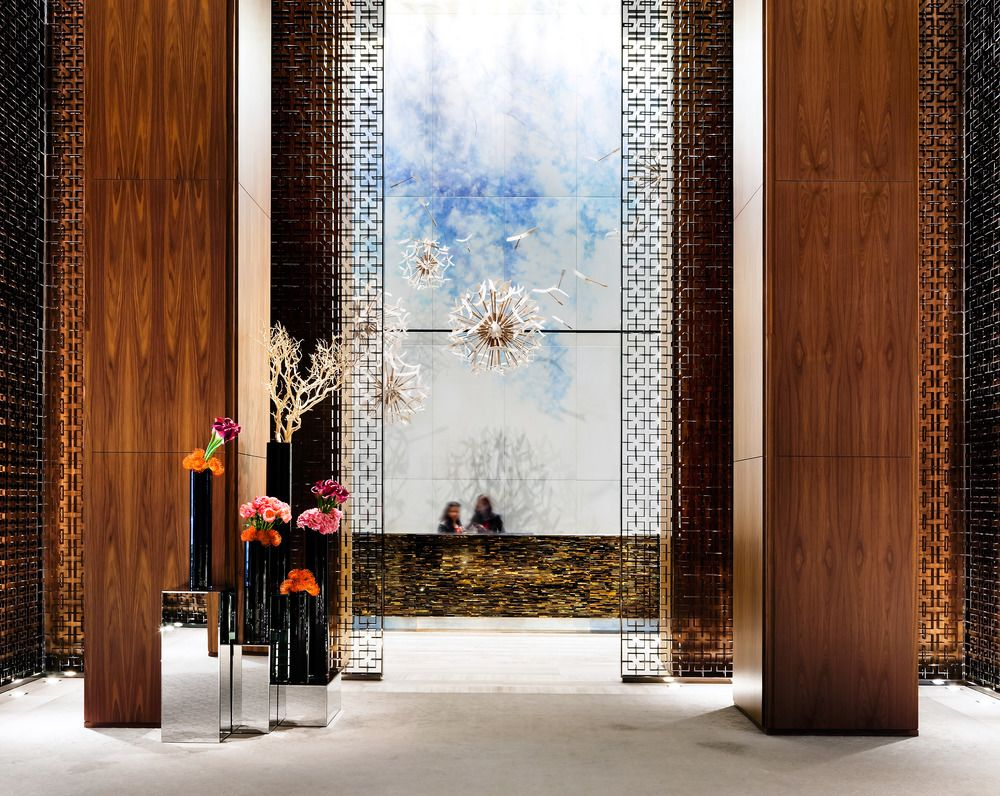 Luxury Guide: The World's Top 7 Hotel Lobbies  hotel lobbies Luxury Guide: The World's Top 7 Hotel Lobbies Luxury Guide The Worlds Top 7 Hotel Lobbies 2