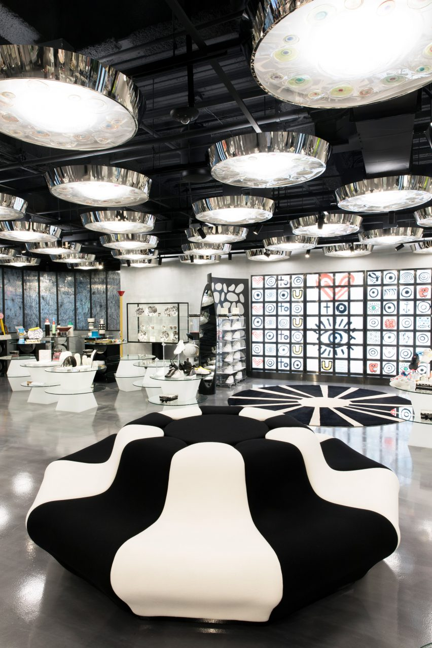 A Look Inside The 10 Corso Como Store In New York 10 corso como store A Look Inside The 10 Corso Como Store In New York A Look Inside The 10 Corso Como Store In New York 4