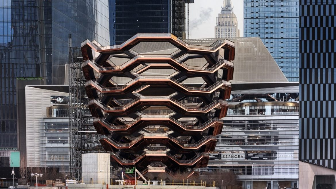 NYC Guide: A Look Inside The Hudson Yards